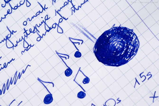 diamine_sapphire_blue_testsm-10