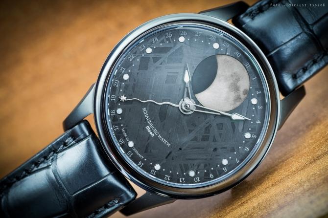 schaumburg_moon_meteorite_sm-12