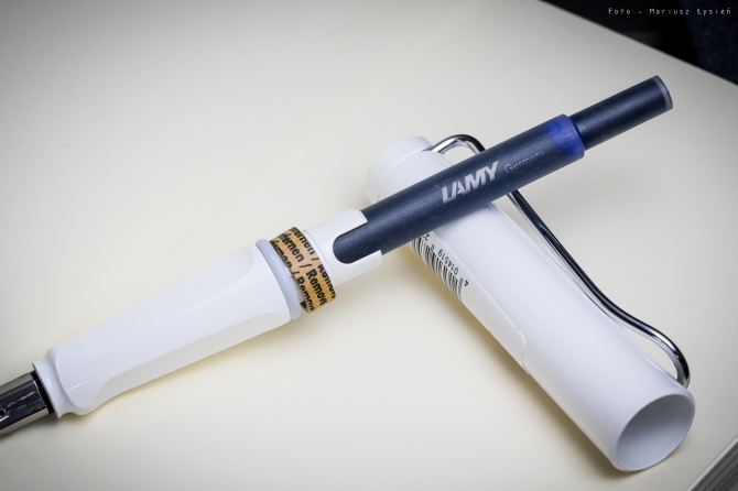 lamy_safari_white_sm-4