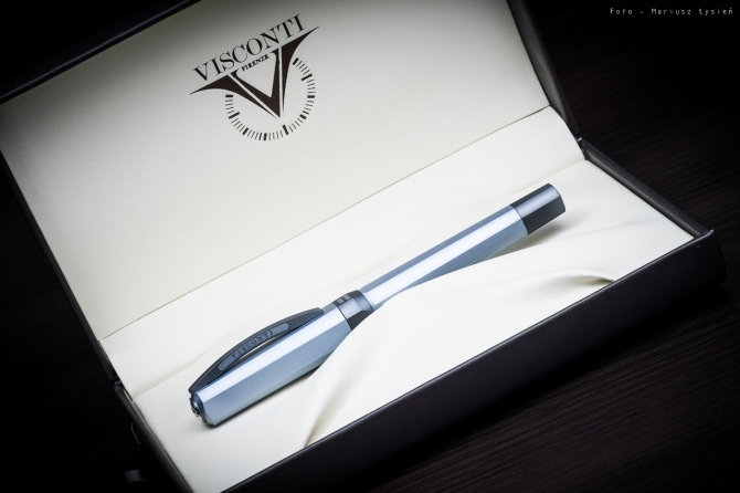 visconti_opera_metal_sm-2