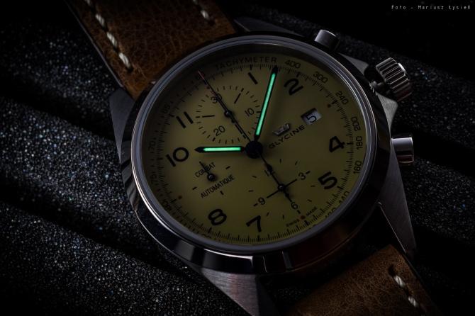 glycine_combat_chronograph_sm-2