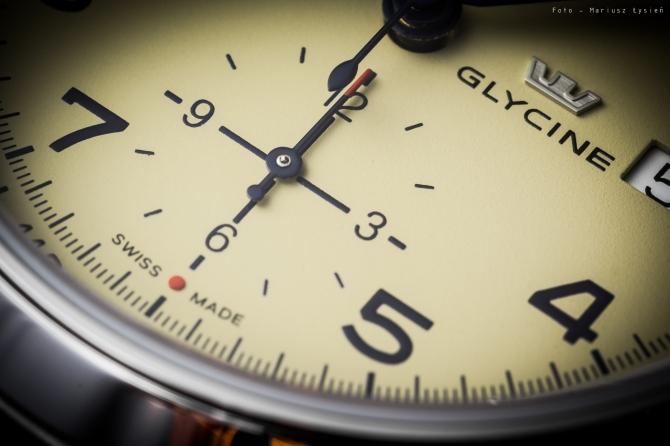 glycine_combat_chronograph_sm-8