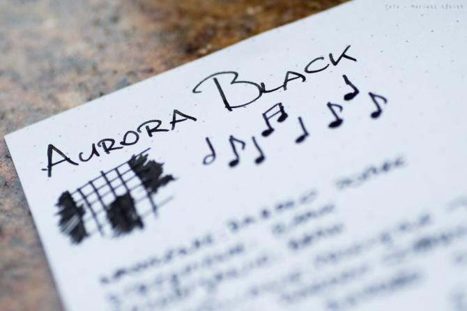 aurora_black_sm-2