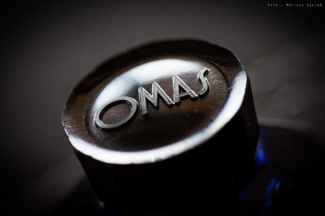 omas_blue_sm-11