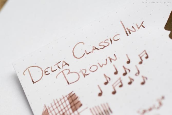 delta_classic_brown_sm-2