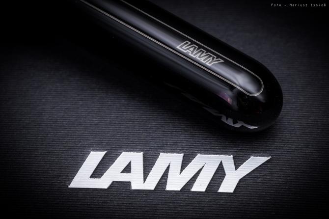 lamy_dialog3_sm-5