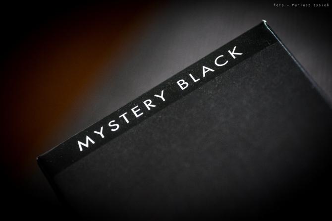montblanc_mystery_black_sm-16