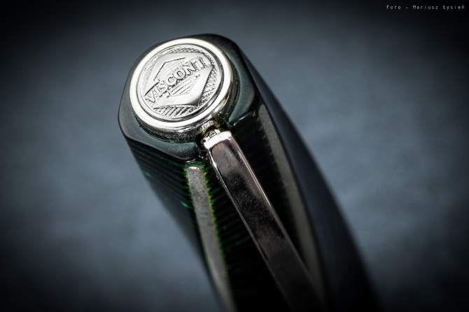 visconti_metropolitan_green_sm-4