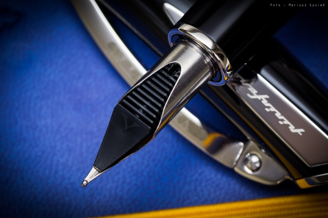 visconti_pininfarina_regular_sm-8