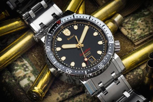 Biatec-Leviathan-03-diving-watch-water-resistance-300-m-pic-02