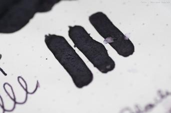robert_oster_black_violet_sm-9