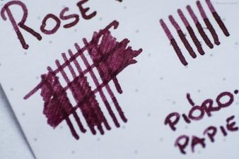 montblanc_petit_prince_rose_burgundy_sm-3